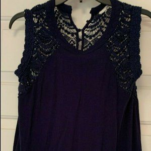 Crescent for STITCHFIX Size Lg Navy Sleeveless Top